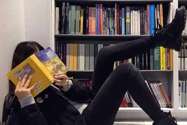 图书馆 文艺女生